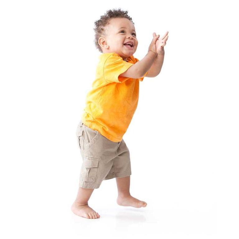 Micro Crèche Allauch Plan de Cuques Garde d'enfants Handicapés bébé noir
